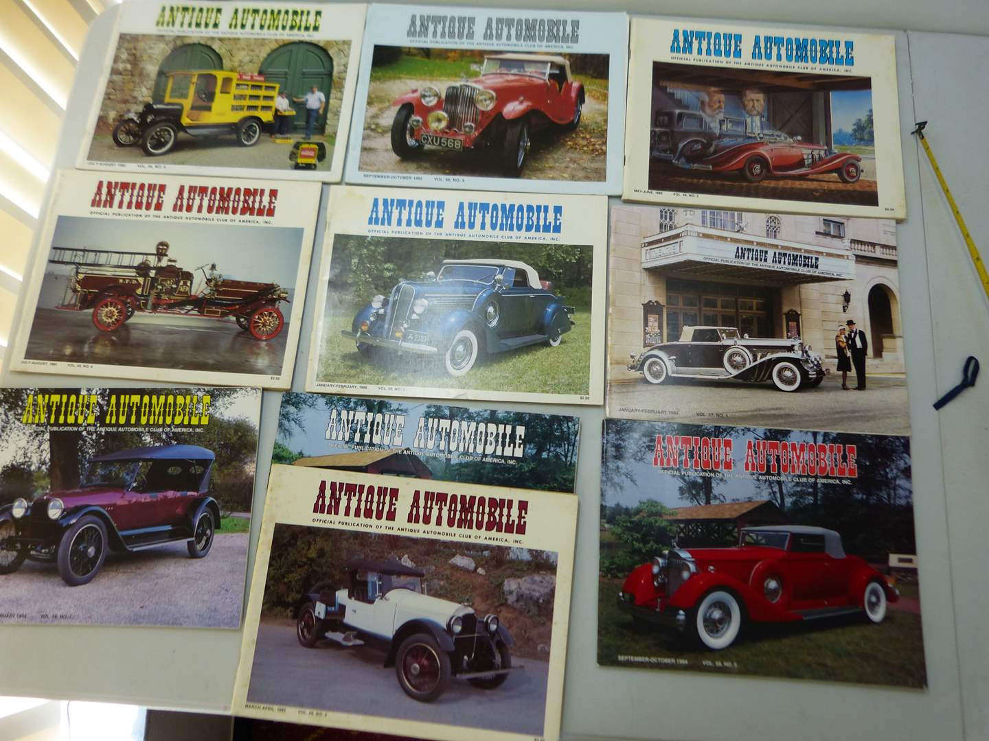 Lot # 155   Large lot of Antique Automotive magazines (various issues) GREAT condition  (main image)