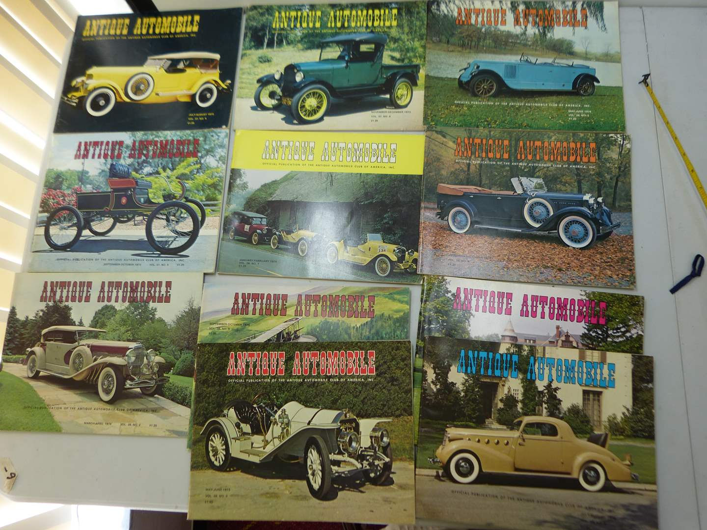Lot # 156   Large lot of Antique Automotive magazines (various issues) GREAT condition  (main image)