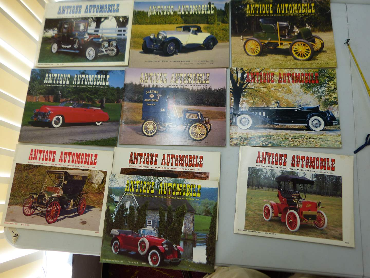 Lot # 157   Large lot of Antique Automotive magazines (various issues) GREAT condition  (main image)
