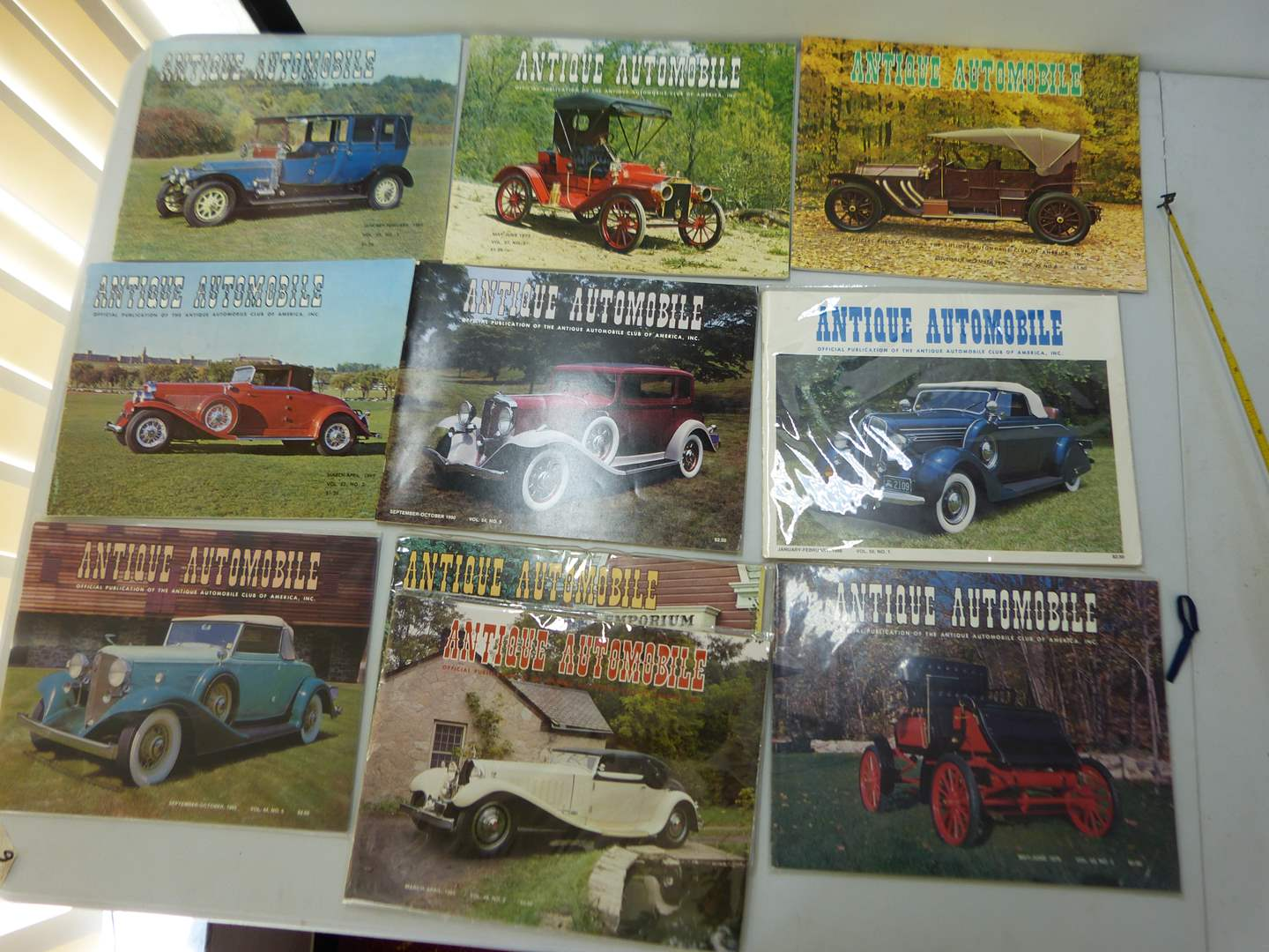 Lot # 158   Large lot of Antique Automotive magazines (various issues) GREAT condition  (main image)