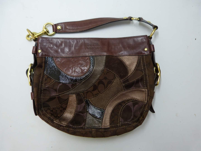 Lot # 200  Guaranteed authentic Coach purse (main image)