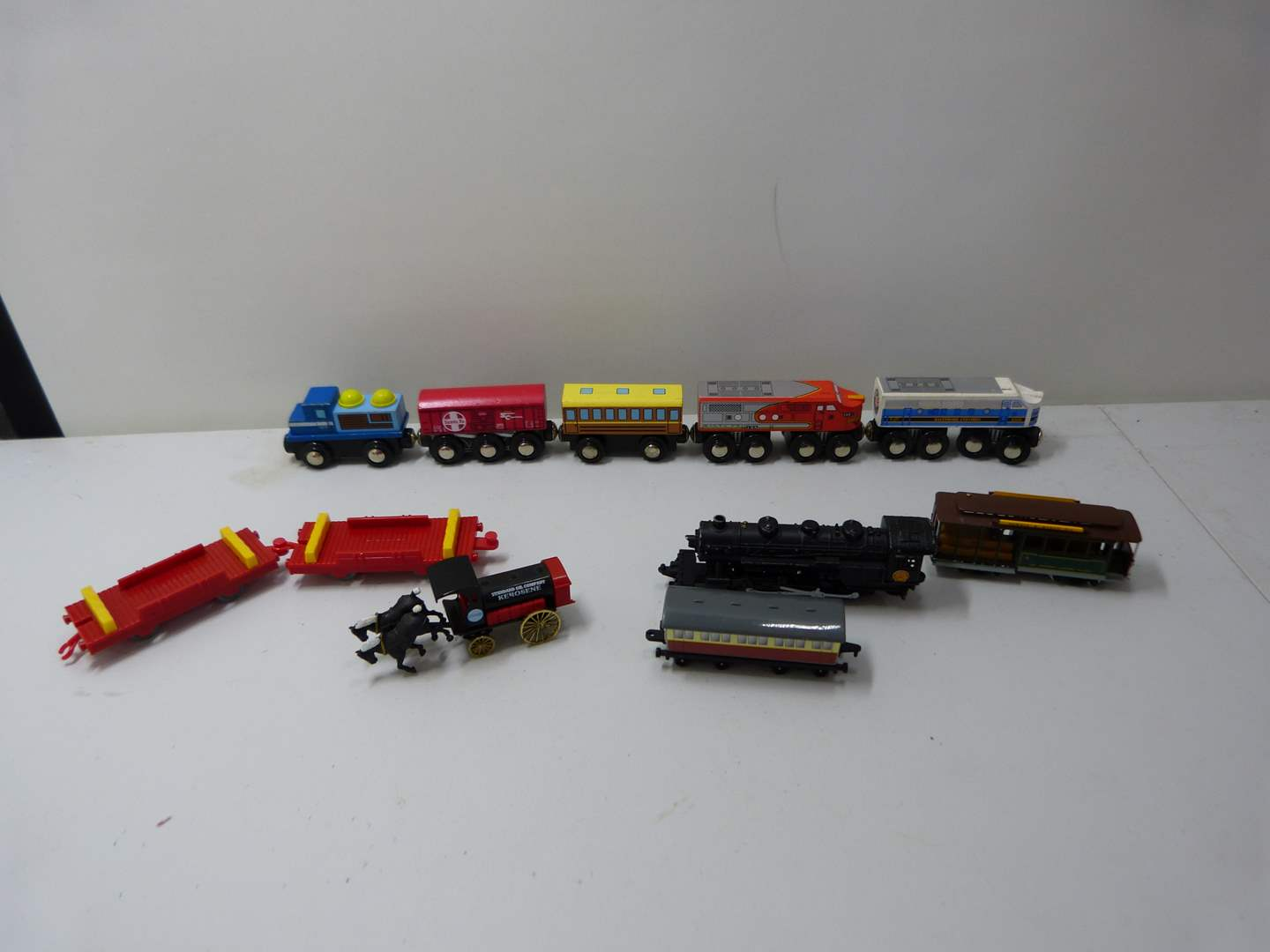 Lot # 230  Large collection of die cast Thomas the Train trains (main image)