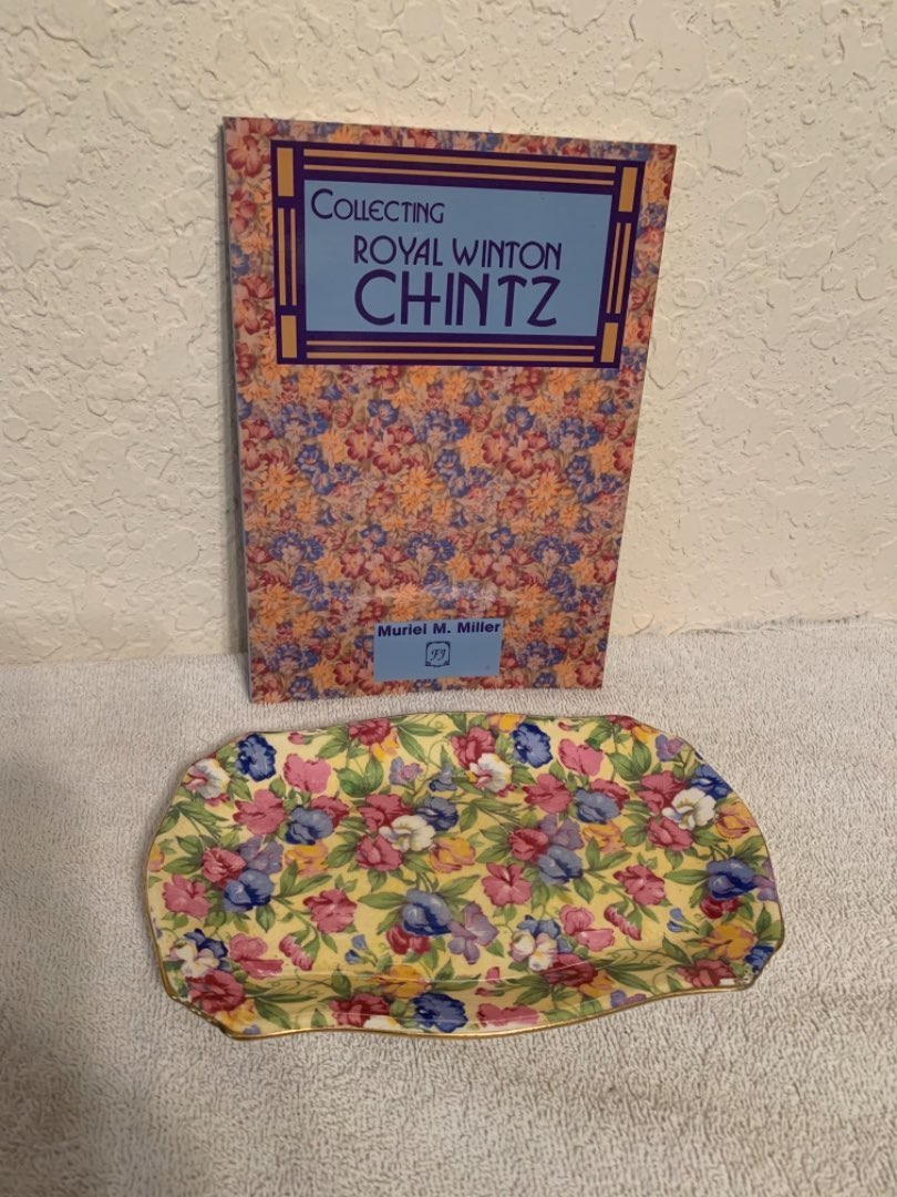 Lot # 54 Royal Winton Grimwades Sweet Pea Chintz Dish With  Collectors Guide. See Below
