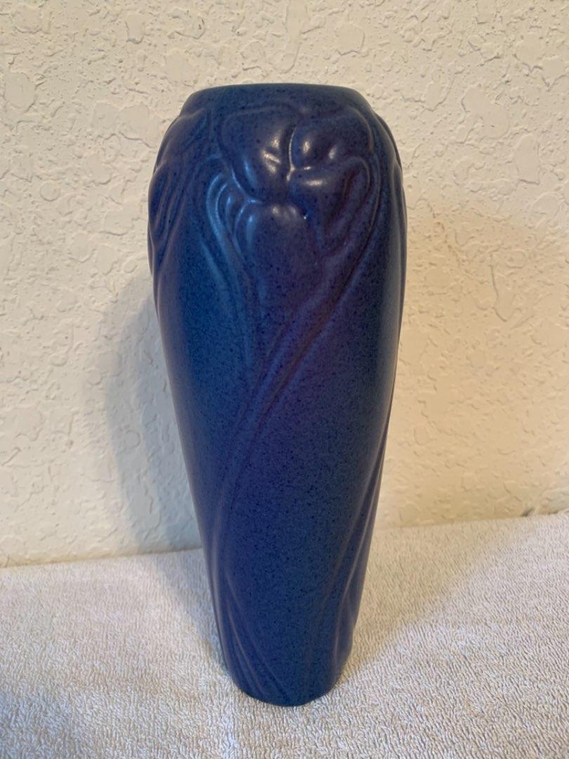 Lot # 60 Mint Condition Very Nice Van Briggle Pottery Vase.