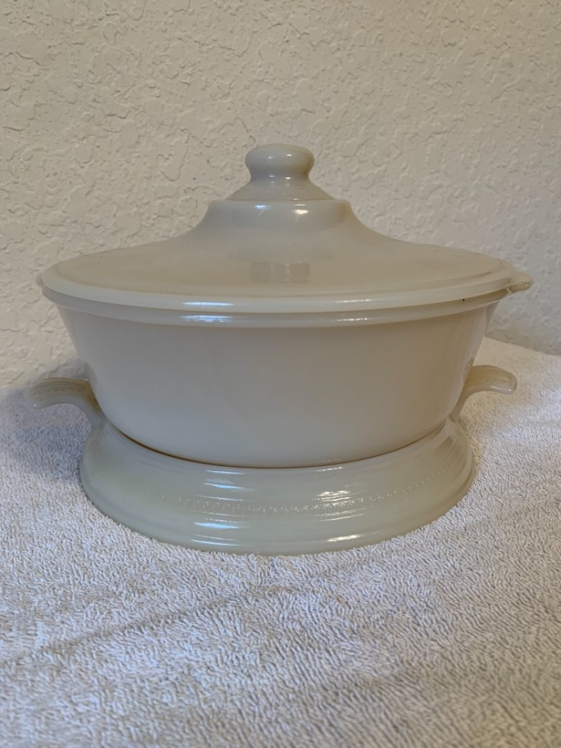 Lot # 63  Vintage Fire King Covered Ivory Casserole & Trivet. Very Nice Condition