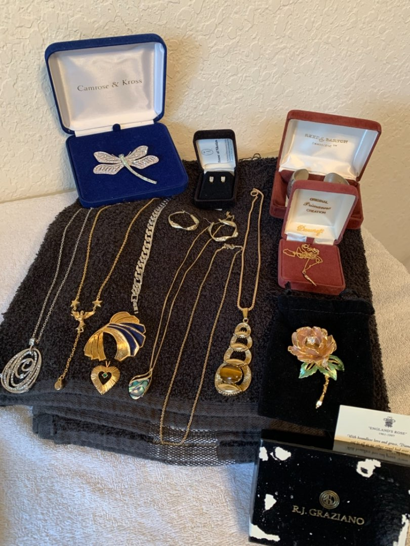 Lot # 100 Gorgeous Lot Of Vintage Jewelry. All Wearable. See Below.