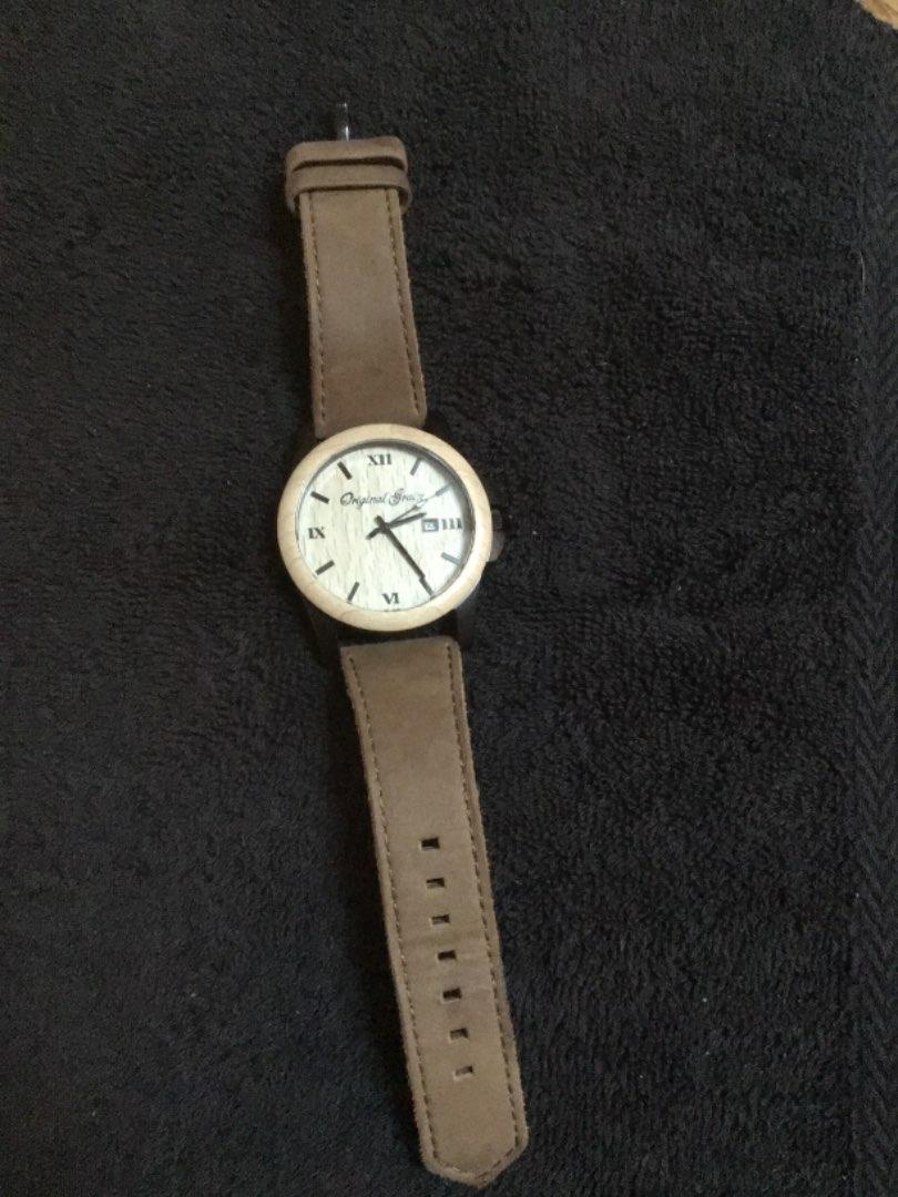 "Lot # 162 New Wood-Grain Day/Date Wristwatch ""Original Grain"" Virtually Brand New"