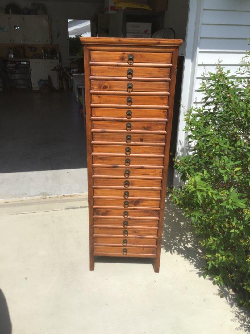 Lot # 176 Great Vintage Pine 18-Drawer Printer's Cabinet - Unique Size w/Original Hardware