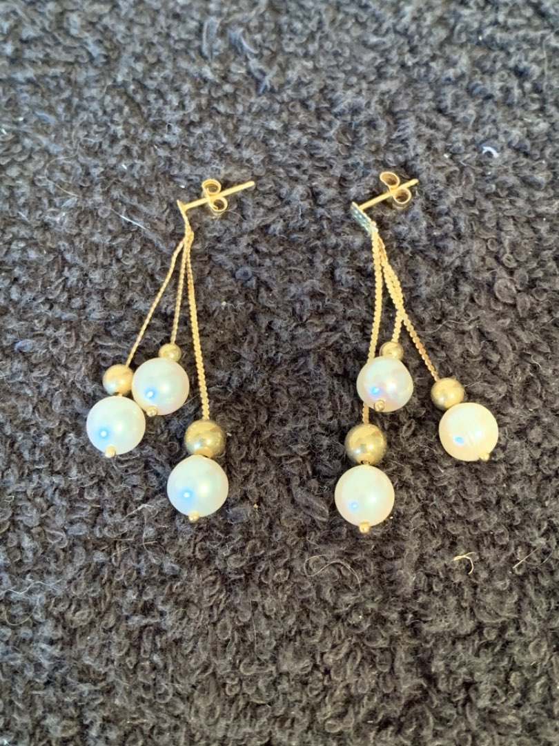Lot # 181 Stunning Pair Stamped 14K Pearl Earrings. Backs Too. 3.34 Grams
