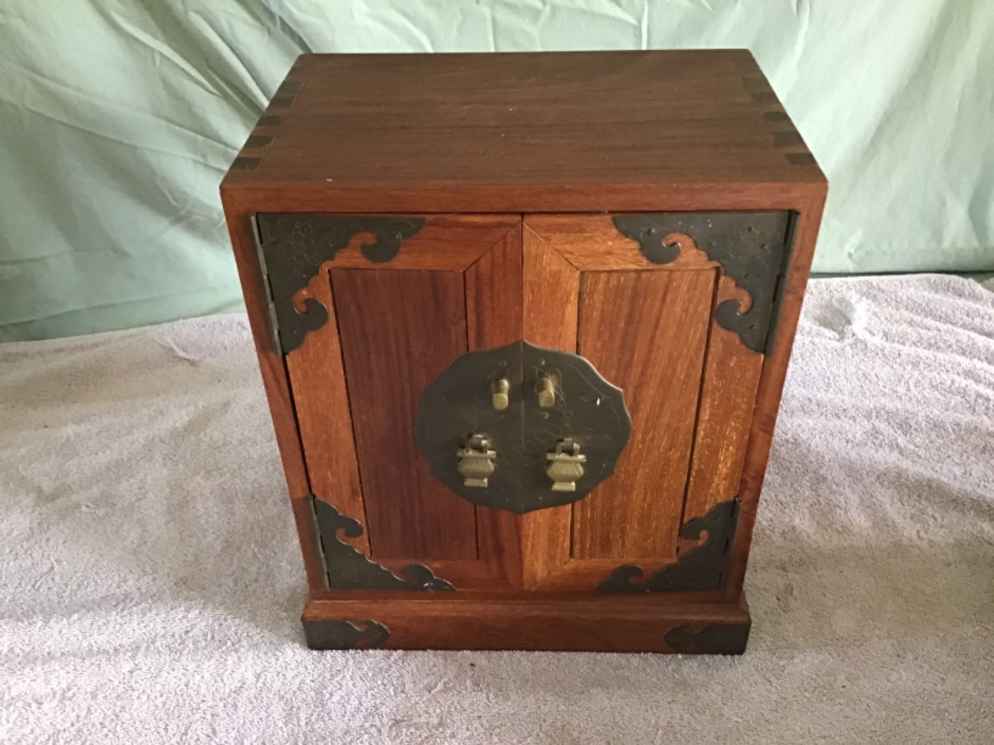 Lot # 243 Gorgeous Walnut Heavy Jewelry Box - Very Well Constructed w/Dovetails & Brass Corner Pieces