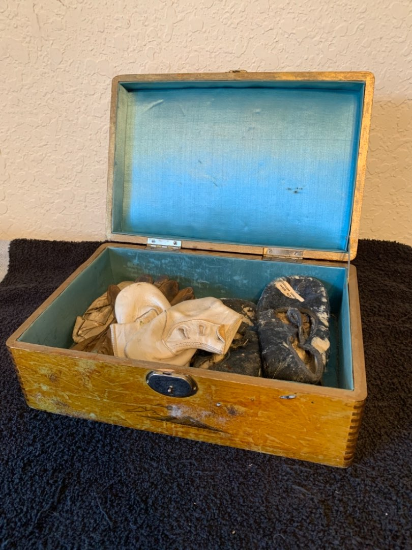 Lot # 271 Sweet Old Wooden Box With Really Early Leather Baby Booties & Gloves