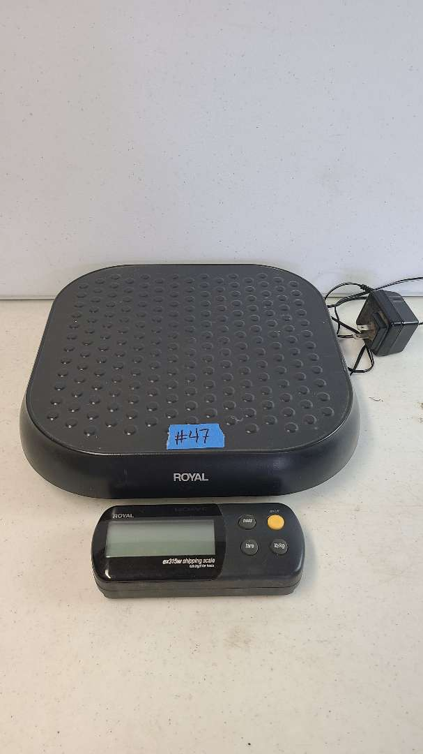 Lot # 47 Royal Shipping Scale