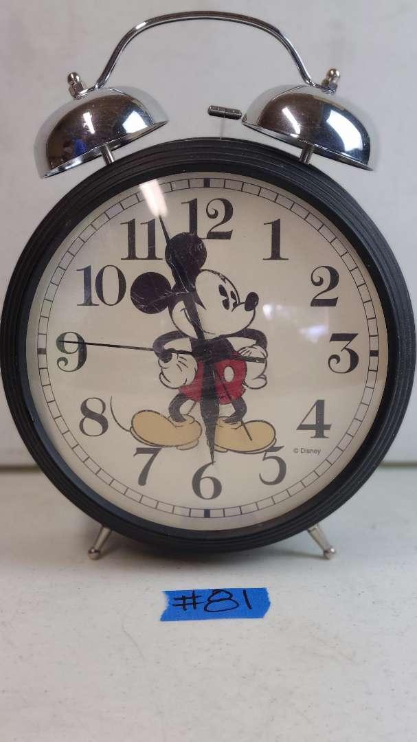 Lot # 81 Disney Mickey Mouse Battery Powered Clock