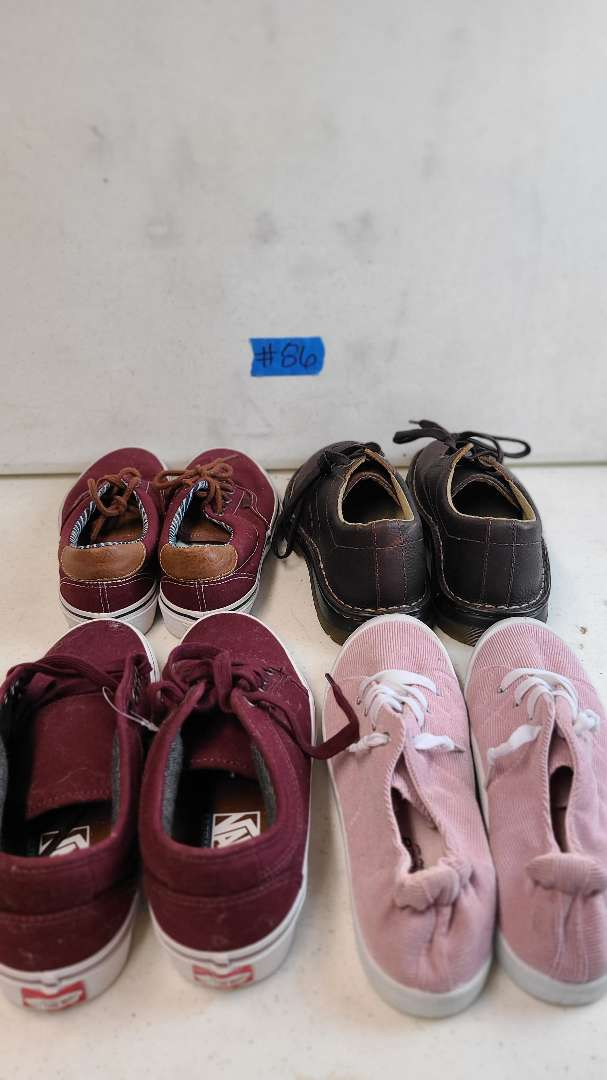 Lot # 86 Lot of Various Womens Footwear (Size 8-8 1/2)