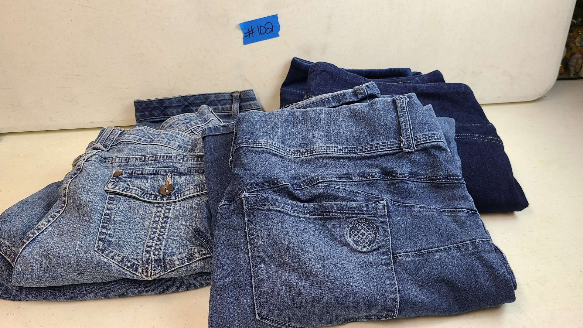 Lot # 102 Lot of Various Womens Jeans