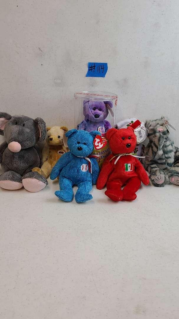 Lot # 114  Lot of TY Beanie Babies Bears & Animals