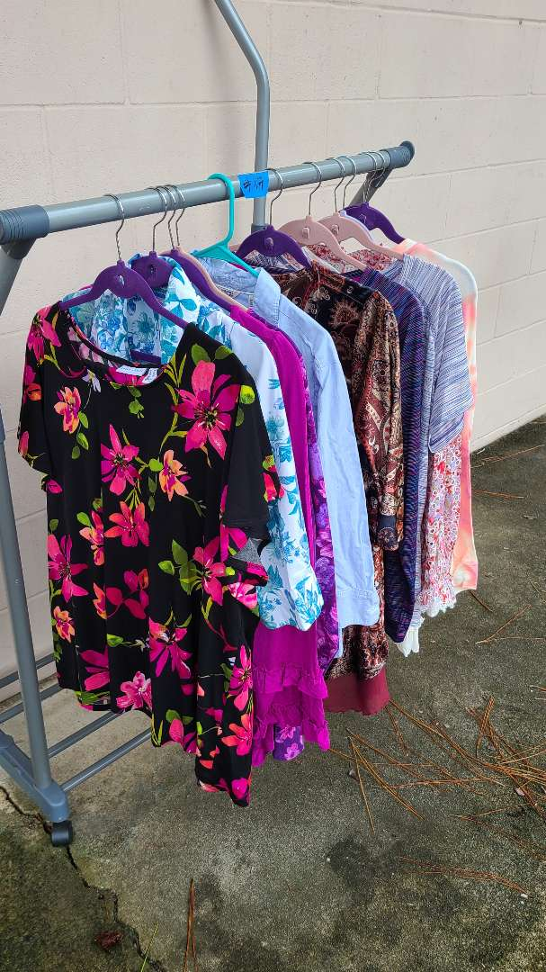 Lot # 117 Lot of Womens Shirts (1XL-2XL)