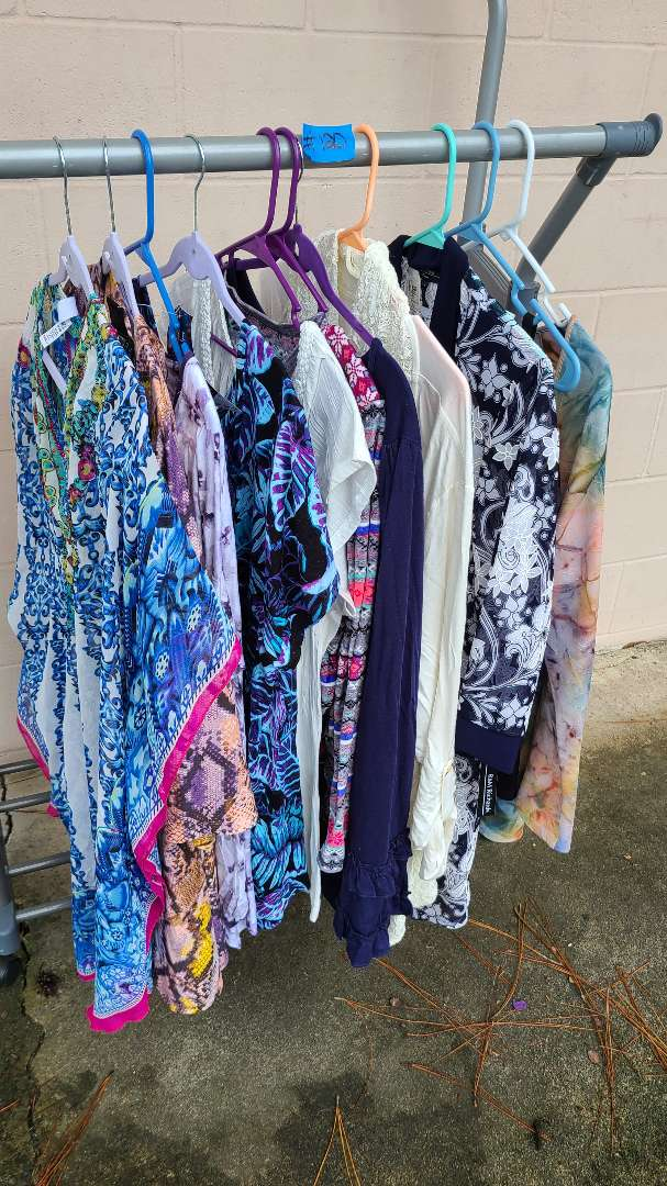 Lot # 120 Lot of Womens Shirts (1XL-2XL)