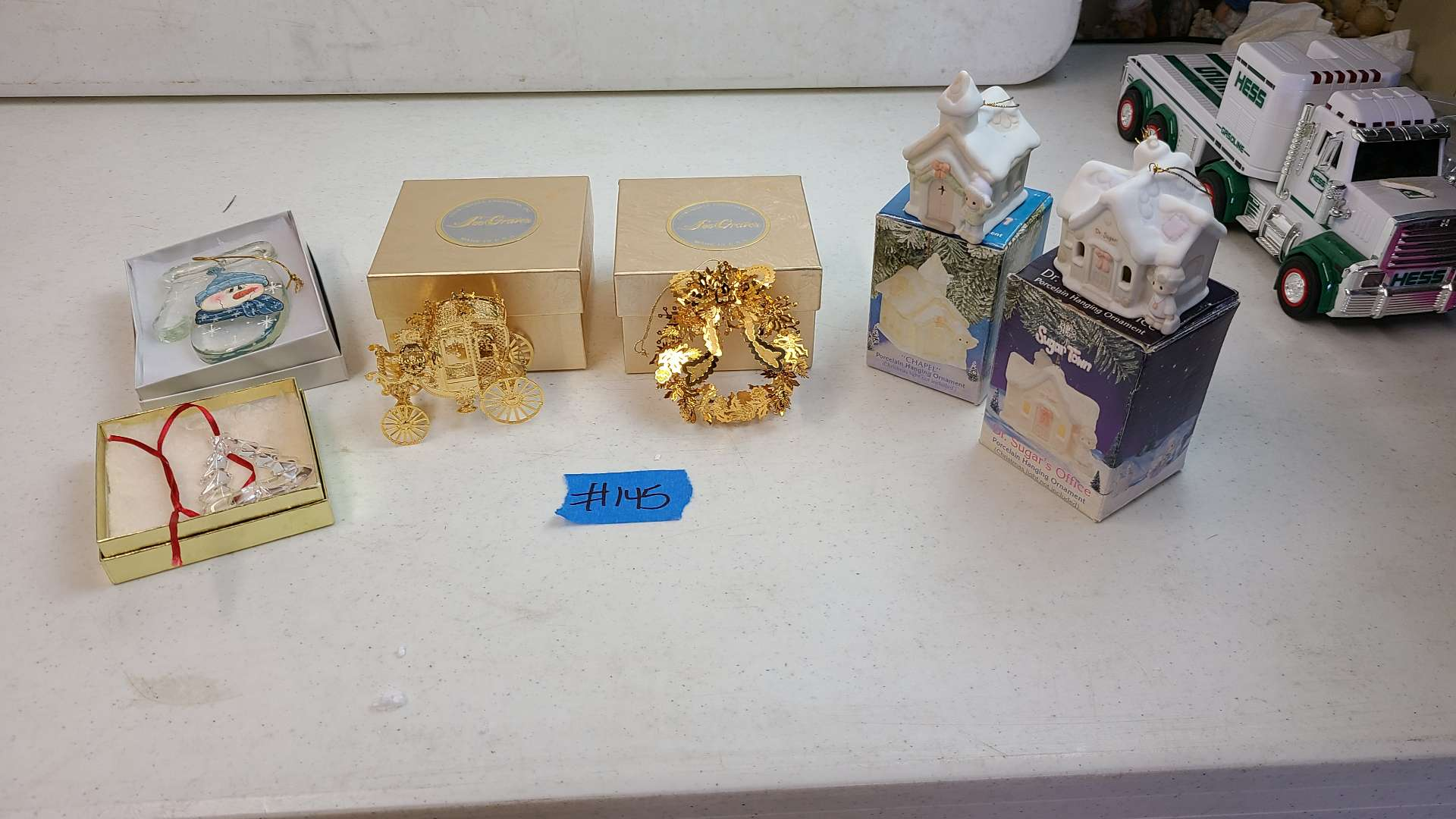 Lot # 145 Lot of Small Pretty Christmas Decortions