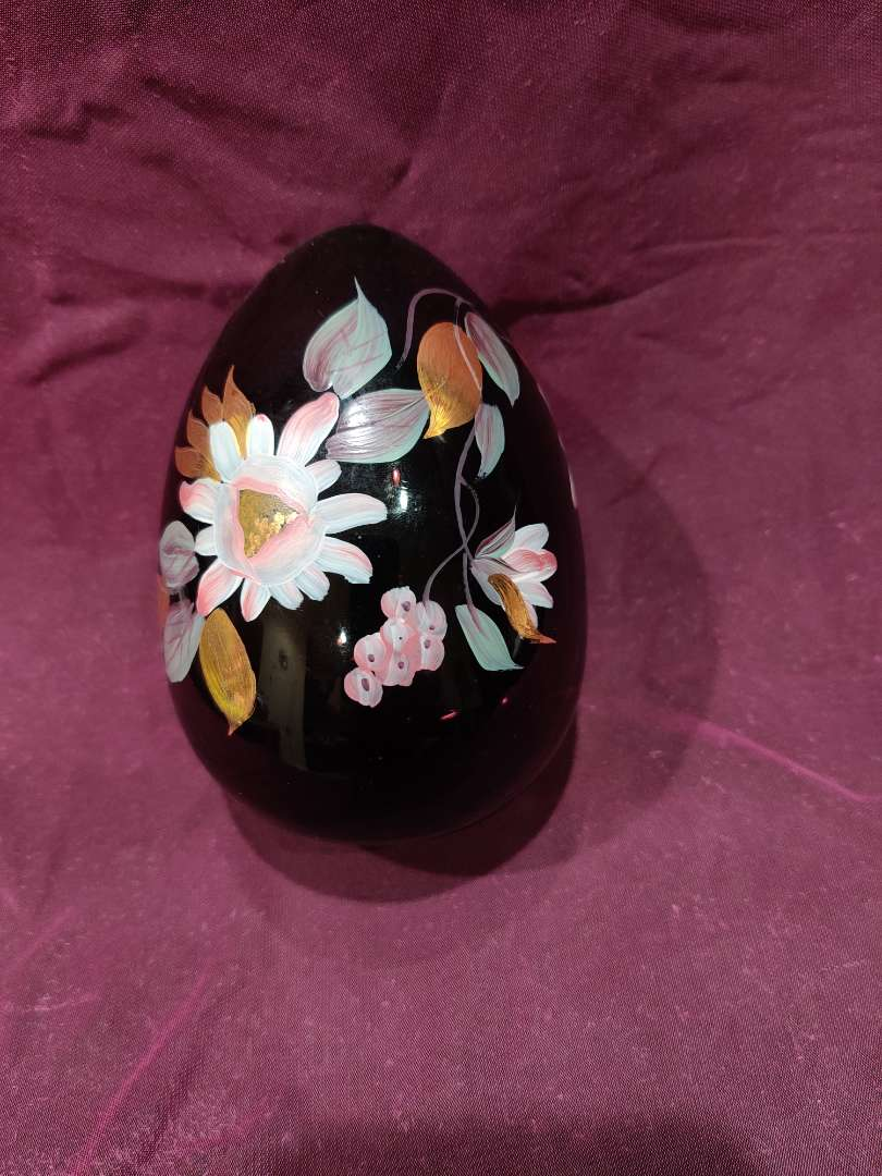 # 3 Fenton amethyst hand-painted egg 5 in tall excellent condition