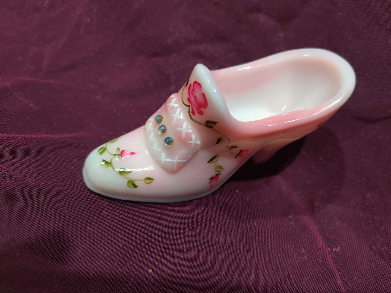 # 26 Fenton art glass shoe Burmese hand painted four three quarter inch long