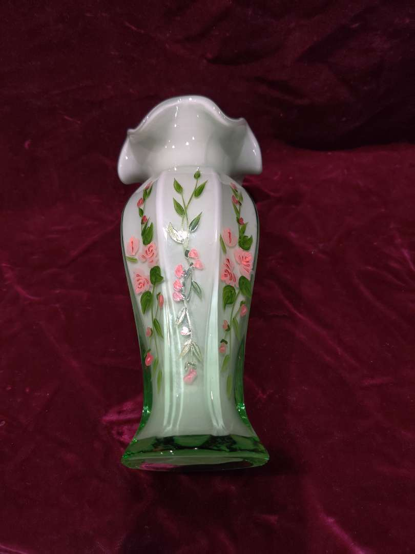 # 59 Fenton style art glass hand-painted base green 8-in tall great condition