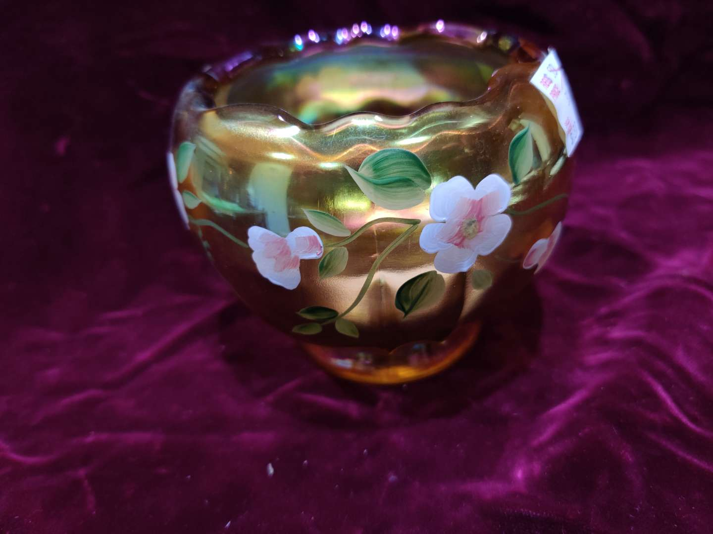 # 64 Fenton hand-painted Rose bowl limited edition 135 of 500 great condition 3.5 in tall