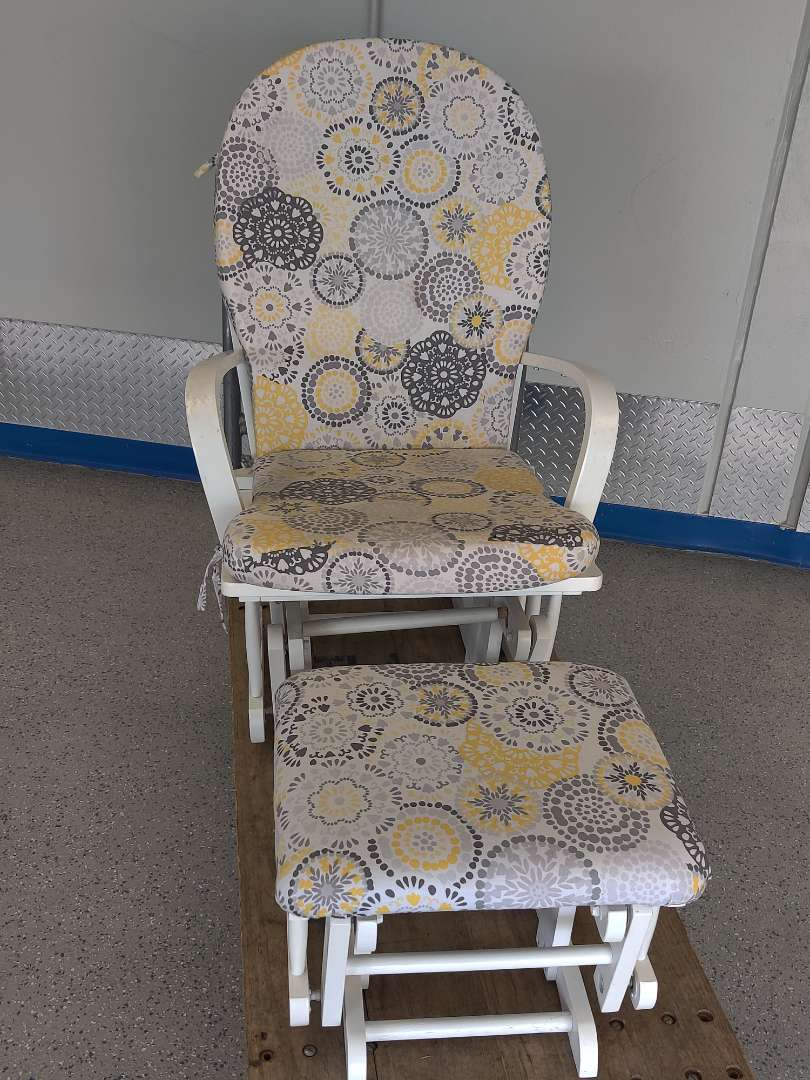 # 99 white glider rocker with footstool in great condition