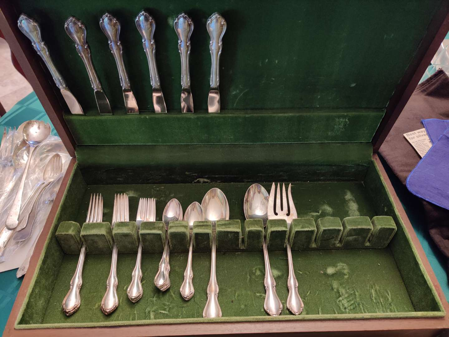 # 114 Reed & Barton Sterling Hampton Court pattern flatware set 26 pieces and the chest no monograms