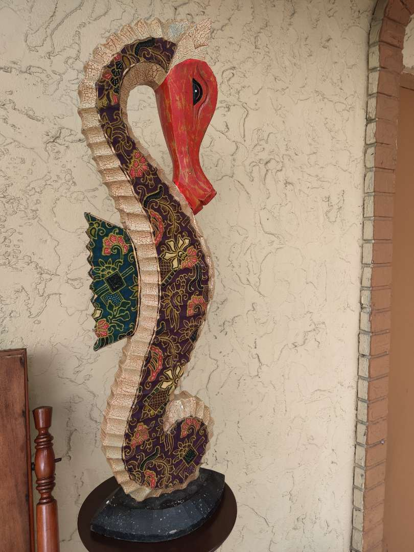 # 177 very colorful wooden seahorse sculpture 32 inches tall check pictures for condition