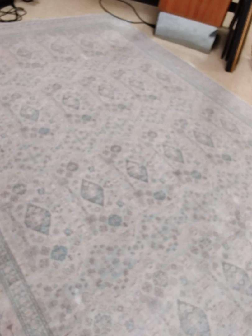 # 187 Joanna Gaines magnolia home rug 9x6 in great condition