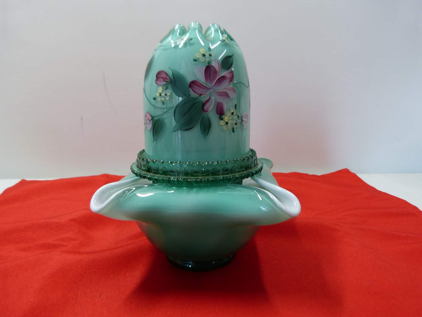 Lot # 240  Great Fenton Fairy Lamp (does have hairline crack see pictures)