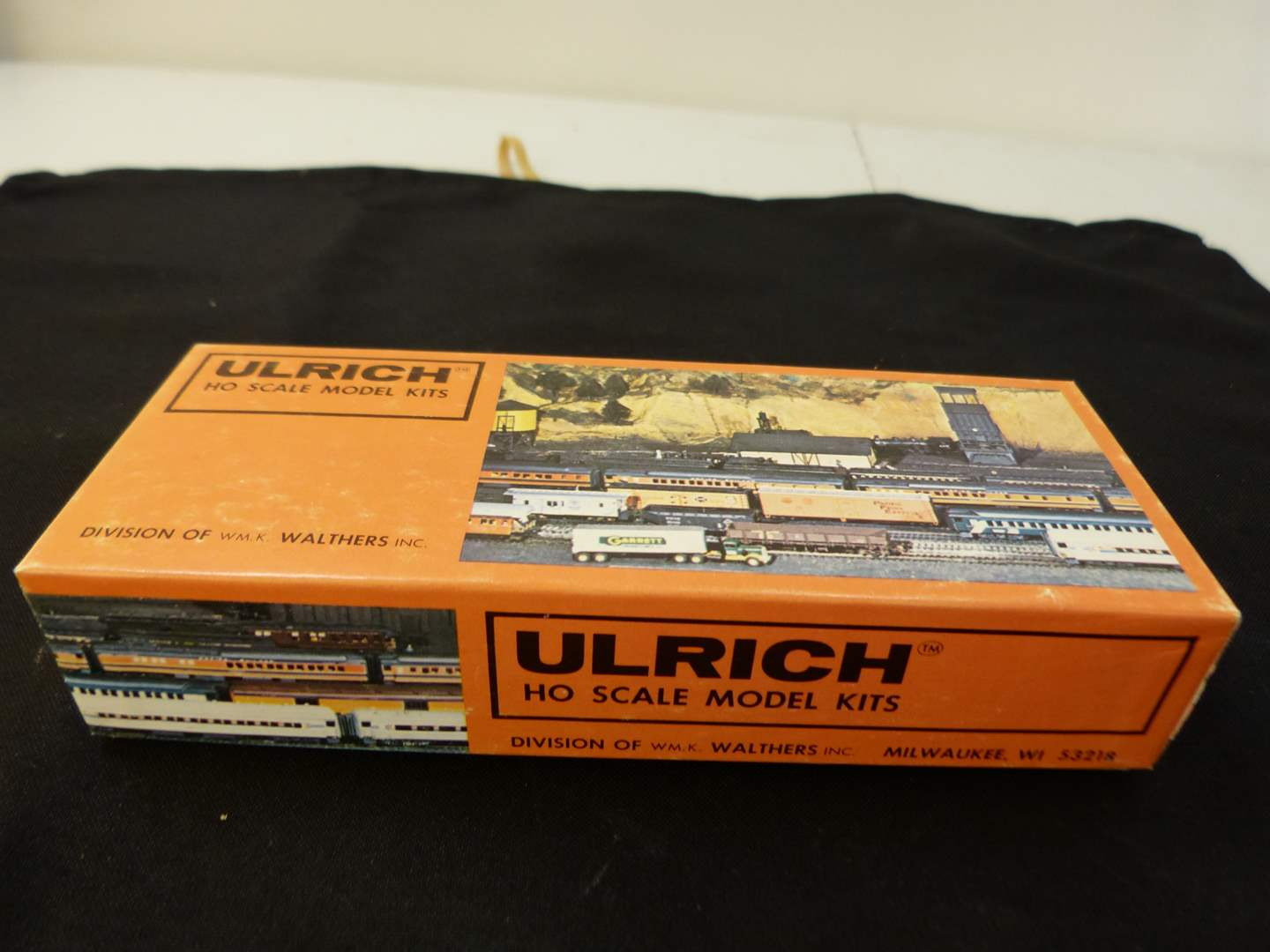 Lot # 257   New never put together HO train truck accessory