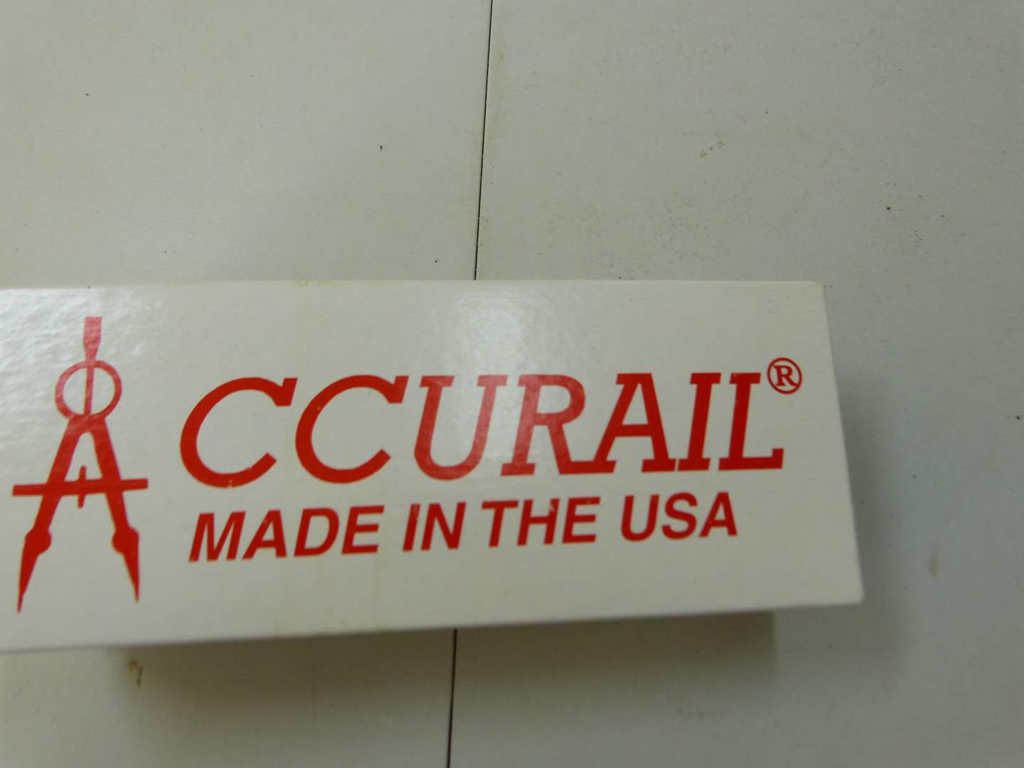 Lot # 290  NEW never used Accurail HO train car (main image)