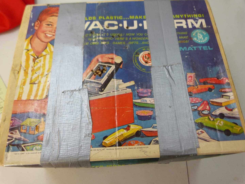 Lot # 293  Very nice VINTAGE Vac-U-Form by Mattel toy (main image)