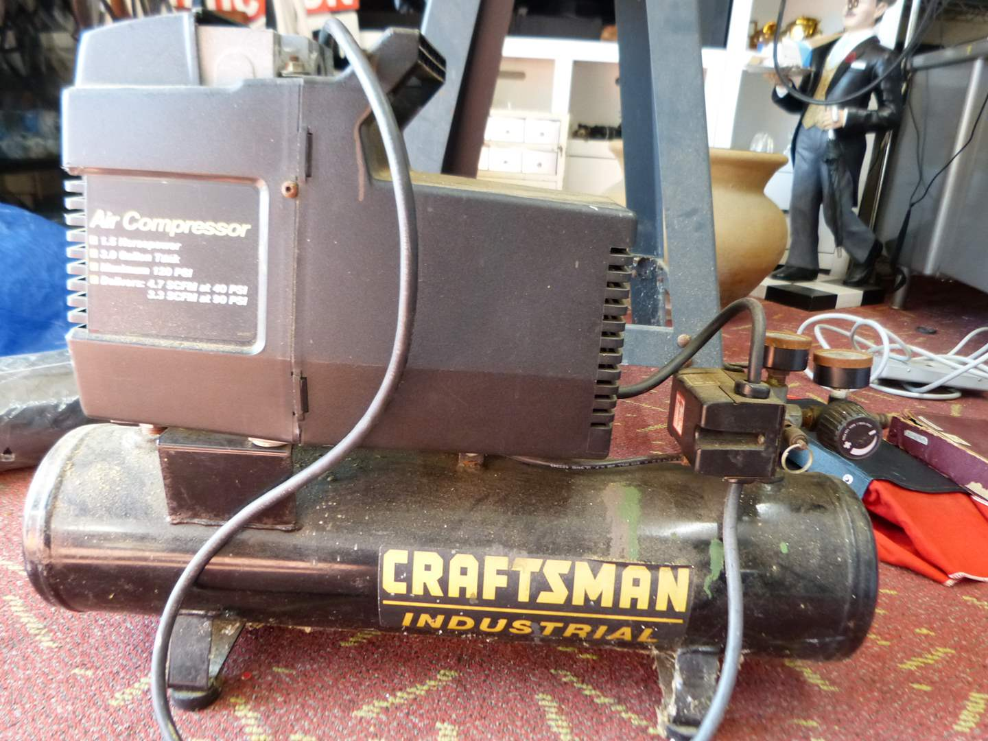 Lot # 300  Craftsman Air Compressor tested working perfectly (main image)
