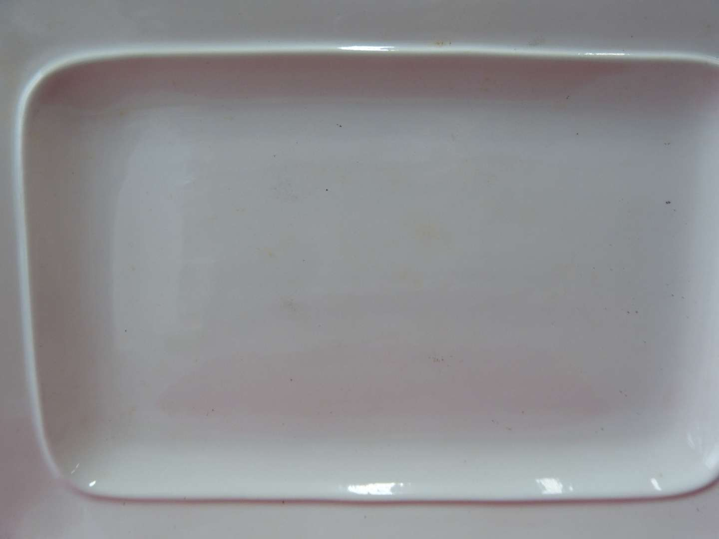 """Lot # 44  LARGE Linens & Things 19"""" open platter in excellent condition"""
