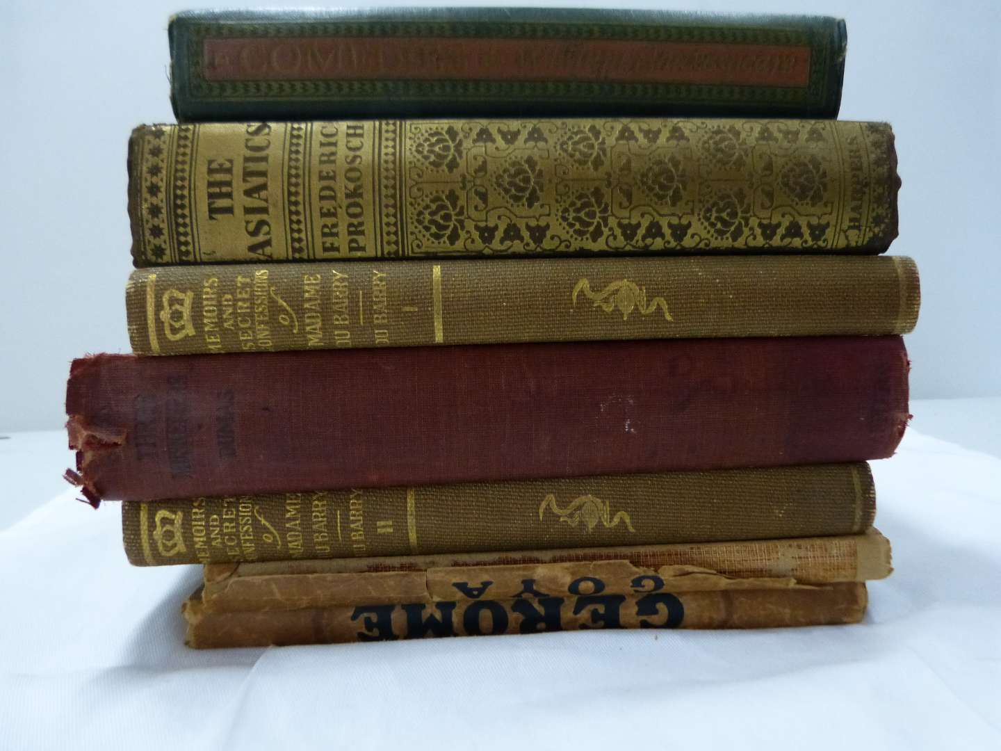 Lot # 189  Great lot of antique books