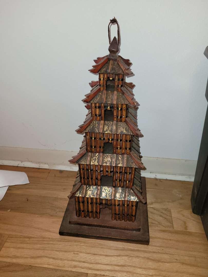 Lot # 30 Vintage Pagoda Bird House