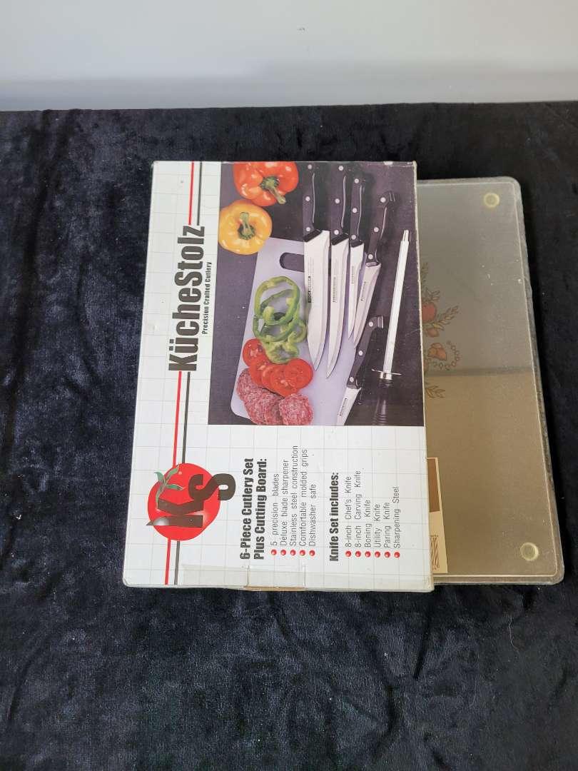 Lot # 52 Kitchen Knife Set w/ Cutting Board - NIB
