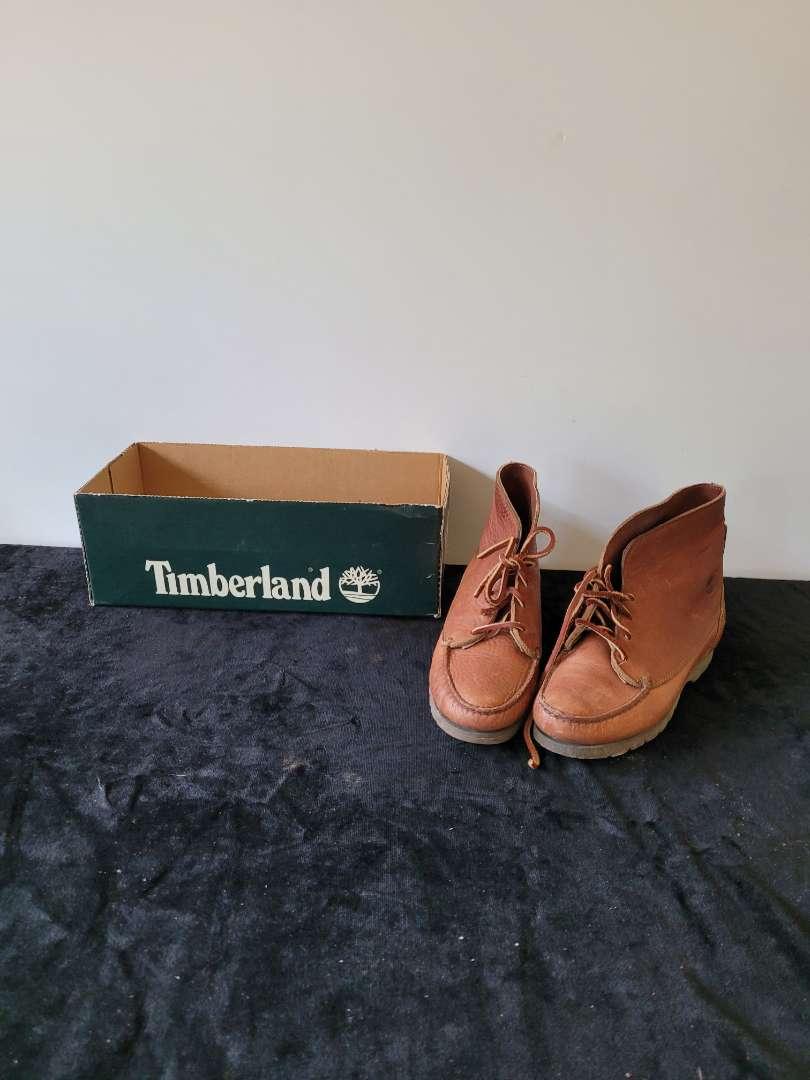Lot # 76 Timberland Woman's Nedra Tan Gortex Shoes - Size 7M