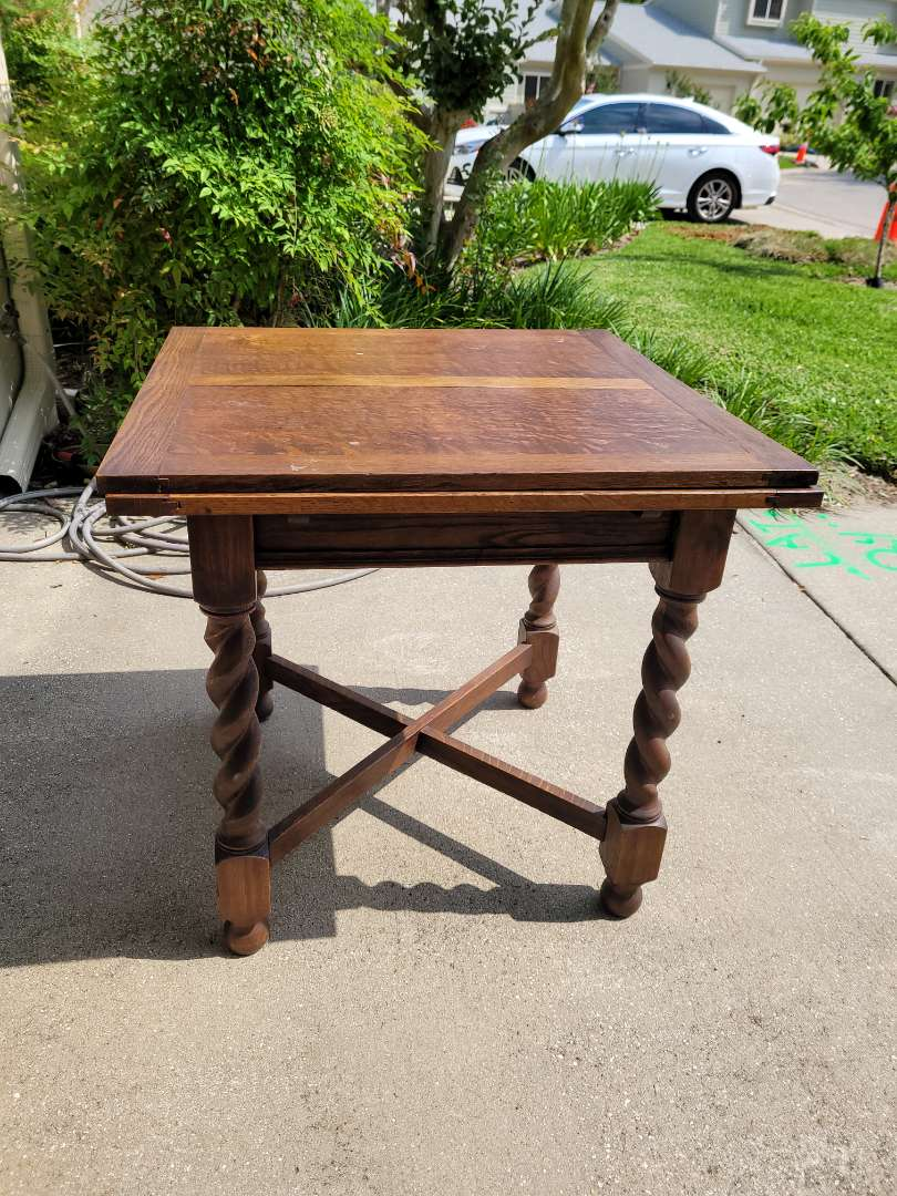 Lot # 103 Antique Drawleaf Table - See pics