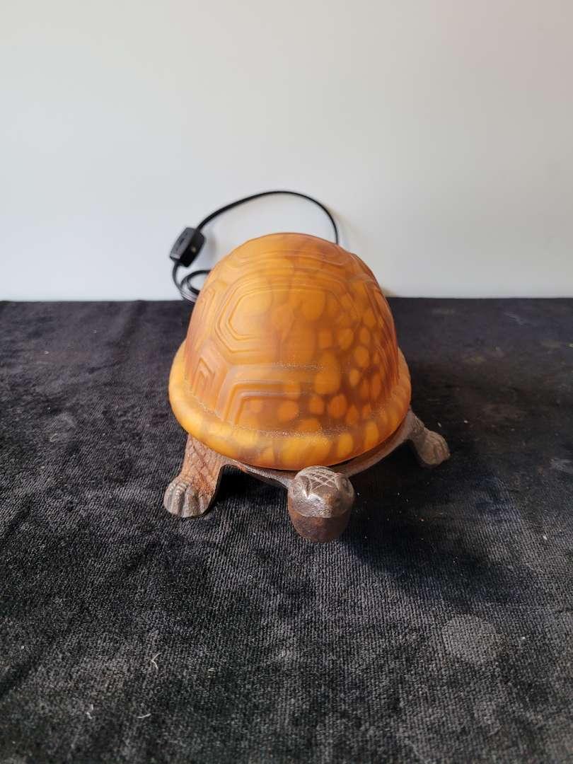 Lot # 122 Brass Turtle Lamp w/ Glass Shell