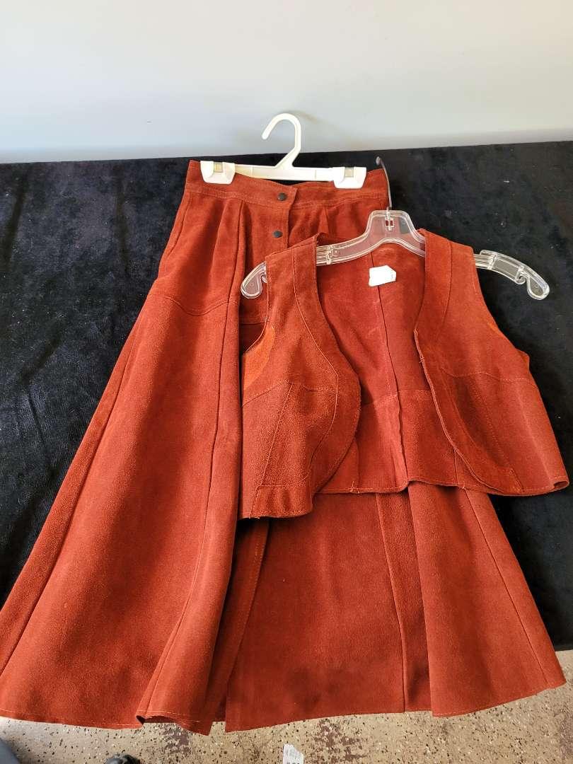 Lot # 154 Vintage Leather Skirt w/ Vest - Size 5/6