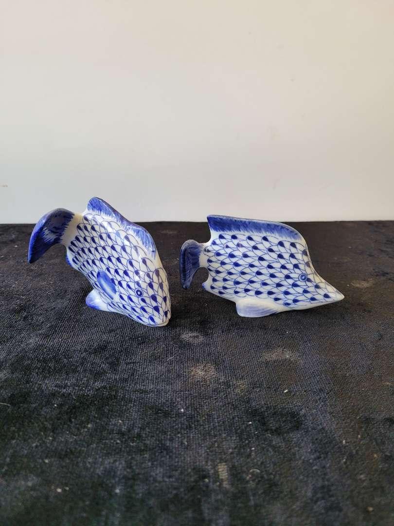 Lot # 206 Andrea By Sadek Blue Fisnet Ceramic Pottery Fish