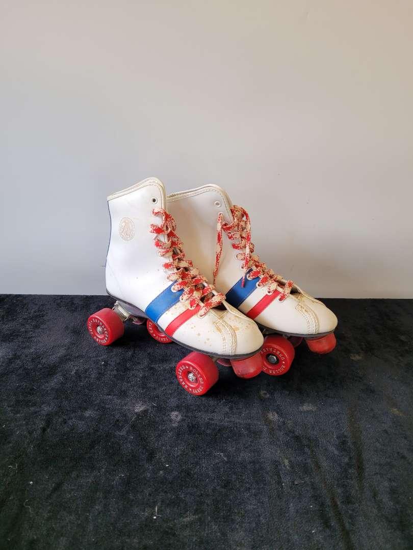 Lot # 218 Vintage Roller Derby Roller Skates - Size 6