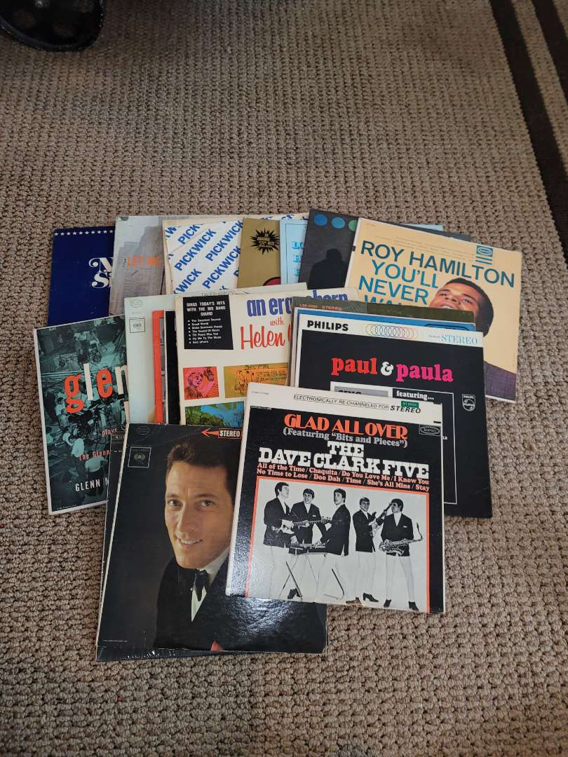 Lot # 238 Assorted Vintage Records