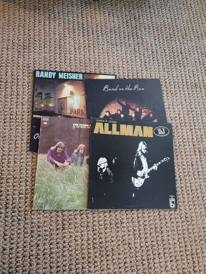 Lot # 244 (4) Vintage Records