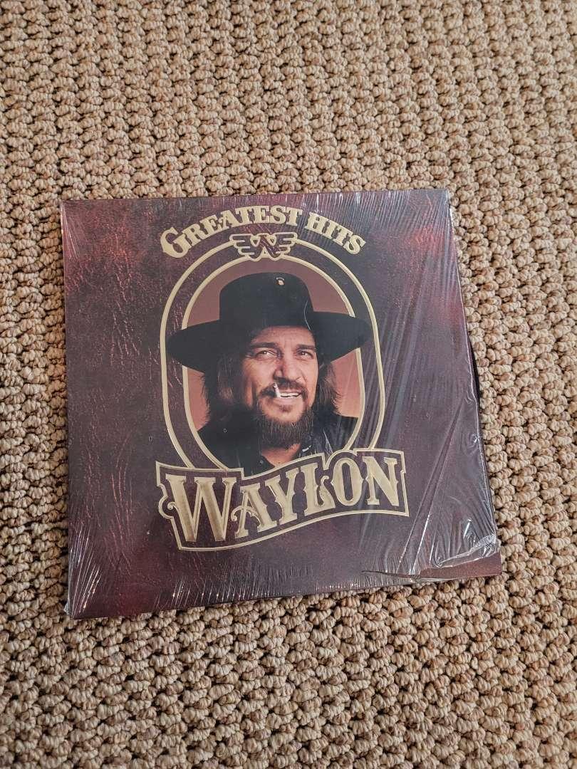 Lot # 250 Vintage Waylon Jennings Greatest Hit Album