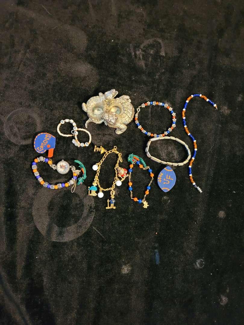 Lot # 265 Florida Gator Jewelry